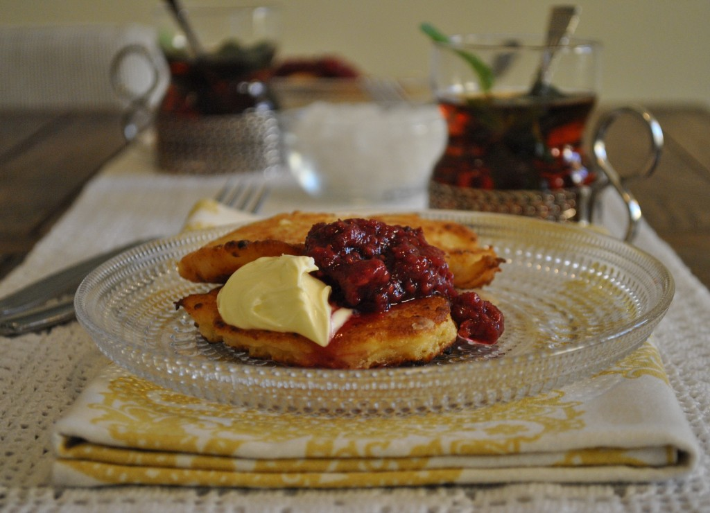 Cottage cheese pancake russian syrniki naked plate in russian cuisine syrnikis are fried quark cheese pancakes eaten with sour cream jam honey or apple sauce ccuart Images